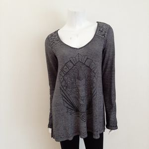 Aeropostale Gray Distressed Graphic Oversized Top